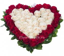 Букет сердце из 51 розы